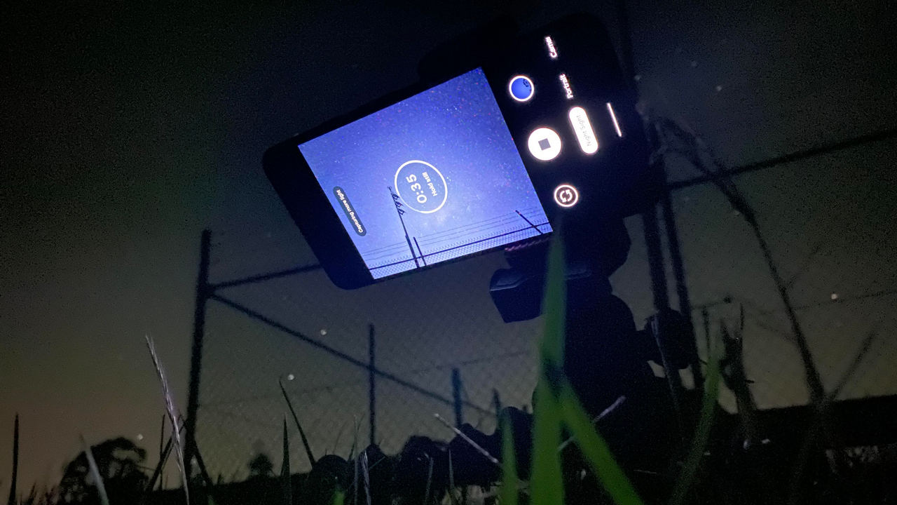 astro-iphone-pixel.jpg